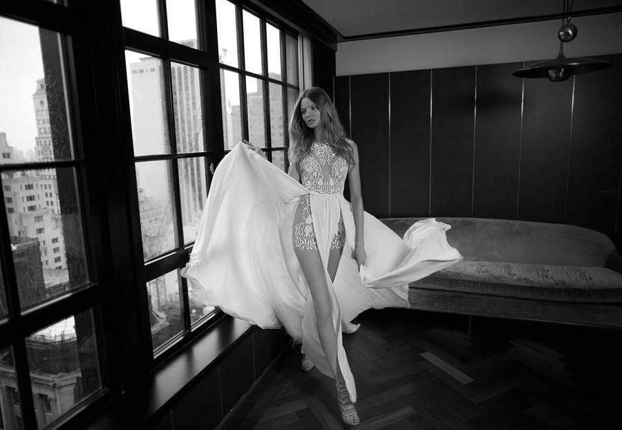 berta-bridal-abito-sposa-sensuale-femminile
