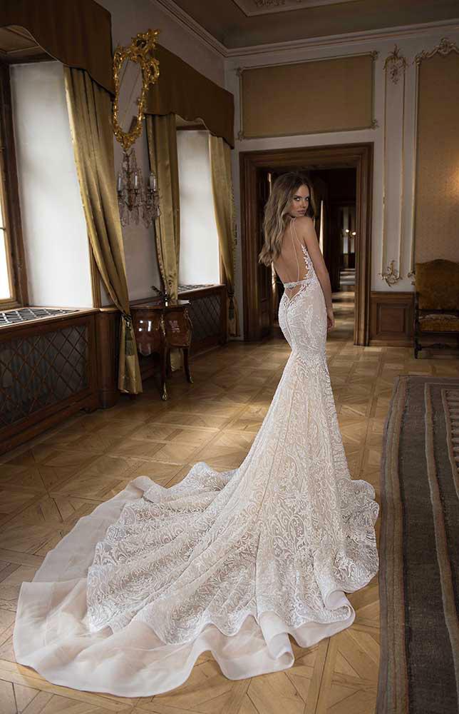 berta-bridal-scollo-schiena-sirena-abito-sposa